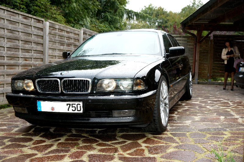 bmw 750 e38 lang 5 4 v12 bj 1997 details. Black Bedroom Furniture Sets. Home Design Ideas